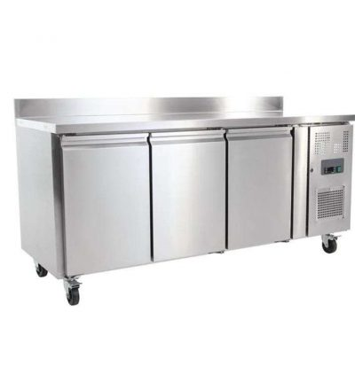 Mostrador frigorifico con peto y 3 puertas fondo 700 MM