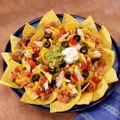 Nachos con enchilada de pollo