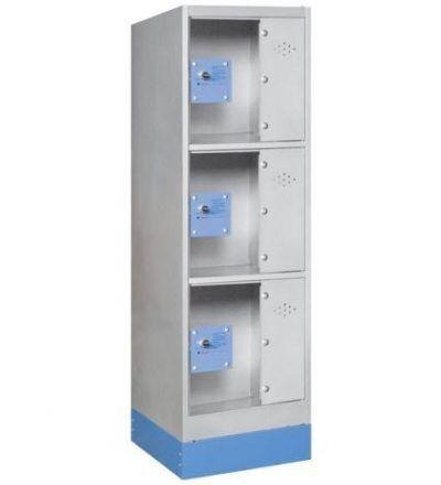 Consigna monoblok met%C3%A1lica soldada con puerta metacrilato CM3P1200 S 400x440 - Maquinaria hostelería ocasión