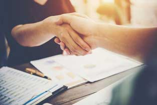 handshake - Home Auxihosteleria-Maquinaria de hostelería