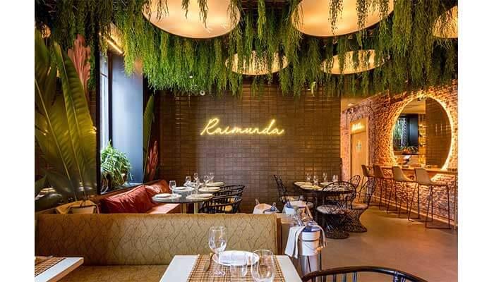 techo restaurante 1 - Cómo decorar un restaurante: La guía definitiva.
