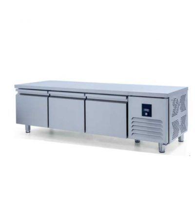 Mesa baja refrigerada GN 1/1 Fondo 700 3P